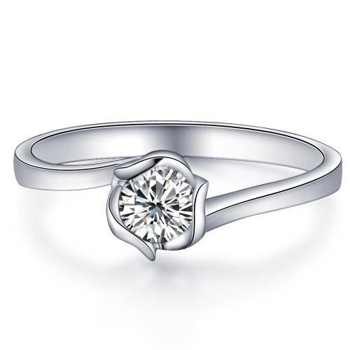 订婚戒指用黄金还是白金