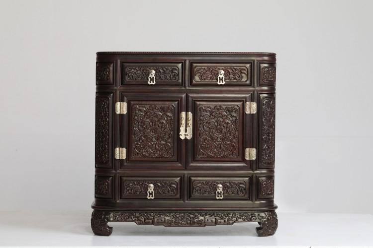 """红木家具价格 """"小叶紫檀西番莲圆角柜""""多少钱?"""
