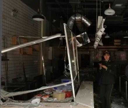 宝鸡一餐厅爆炸六人伤 初步判定为液化气泄漏致气罐闪爆