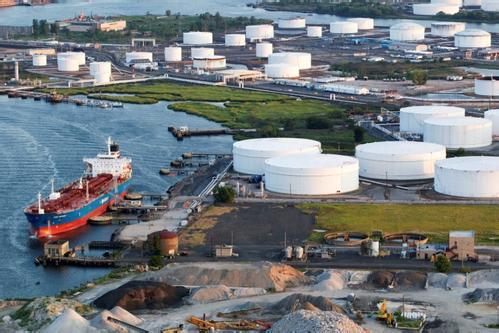 日媒:日本将援助美国对俄罗斯出口液化天然气