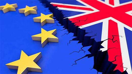 """脱欧风险拖累英国主权信用评级 英镑多头再陷""""险境"""""""