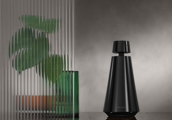 B&O推出钢琴黑限量款扬声器