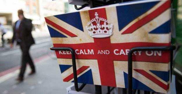 """脱欧风险""""种下恶果"""" 英国主权信用评级受拖累"""
