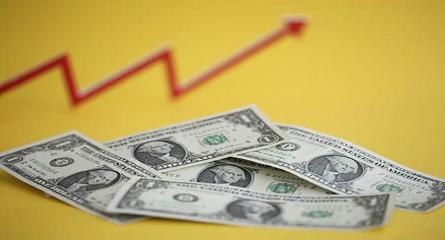 美元持续强势升值 全球股市要遭殃了!