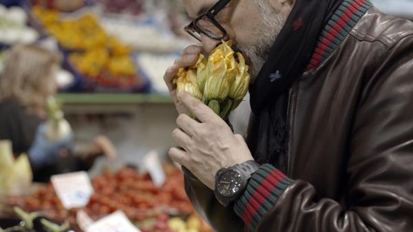 意大利名厨佩戴沛纳海腕表演绎短片