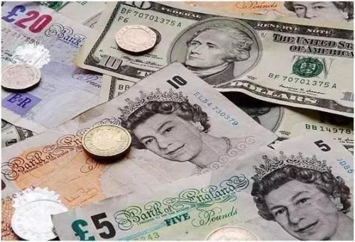 英镑兑美元一路暴跌 真正价值恐被严重低估