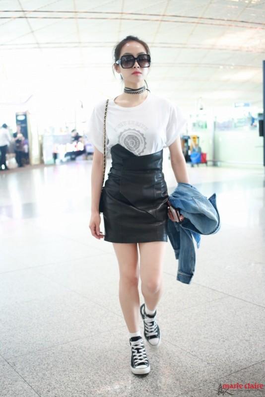 经典小黑裙搭配技巧 帅气又性感