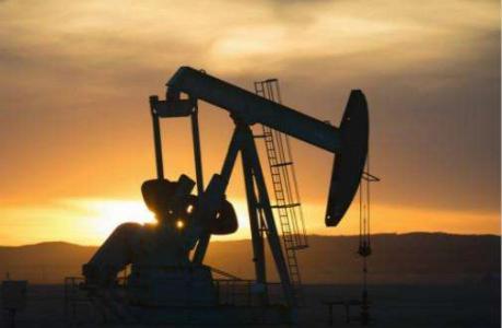 中国原油期货涨逾4% 刷新纪录高位