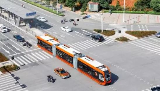 中国制造全球首列:智轨快运A1线试运营