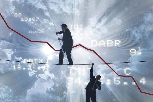 """美债收益率曲线""""紧要关头"""" 美联储最担心的恐将发生!"""