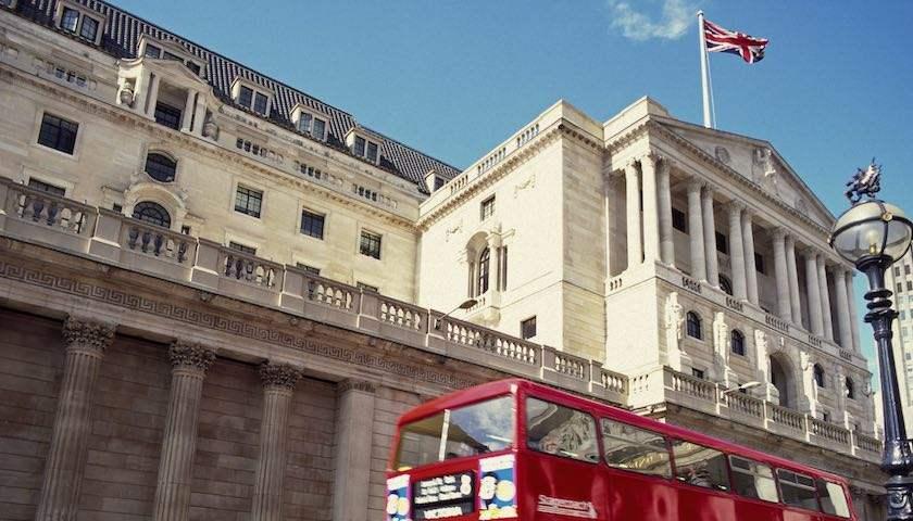 """经济数据迎""""连环炮"""" 英国央行8月会否加息?"""