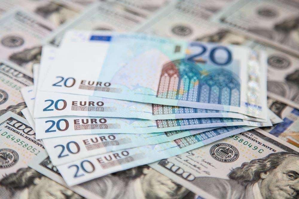 """欧元""""厄运""""还将持续多久?"""