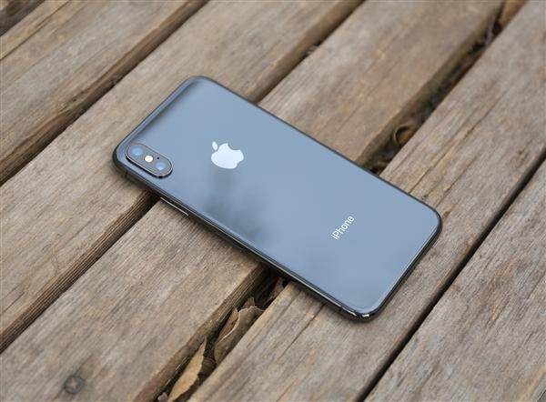 苹果发声明要退钱 但保内付费更换电池将不会获得退款