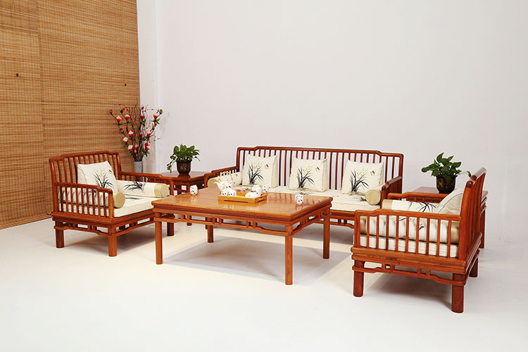 """红木家具价格 """"缅甸花梨梳背式沙发六件套""""多少钱?"""