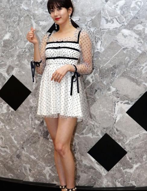 今夏超流行的复古波点裙 你还不赶紧来一条吗?