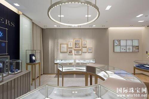 戴比尔斯珠宝西安SKP精品店以精致新装优雅亮相
