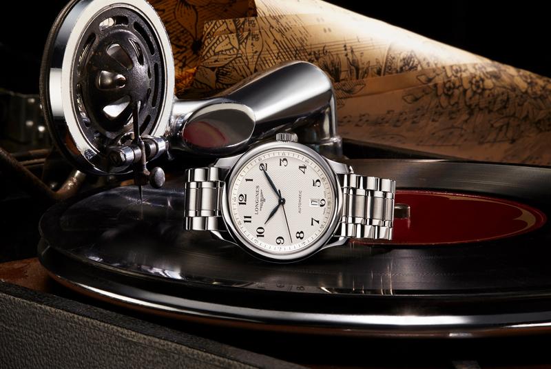 瑞士著名钟表制造商浪琴表悉心甄选名匠系列与博雅系列腕表献礼父亲节