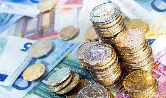 政治担忧引发欧元连跌 美元乘势一路狂飙