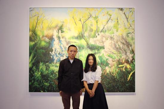 兀鹏辉首次展出40余件油画作品