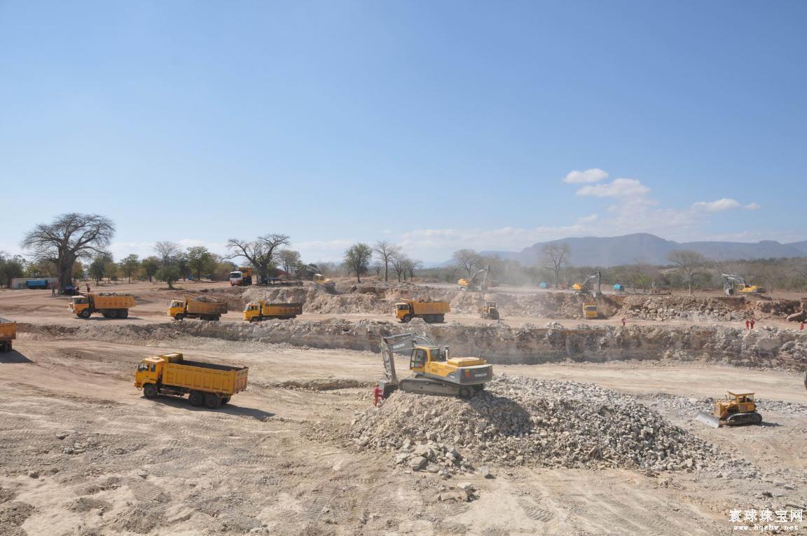 津巴布韦政府打算恢复安津公司被暂停数年的钻石开采业务