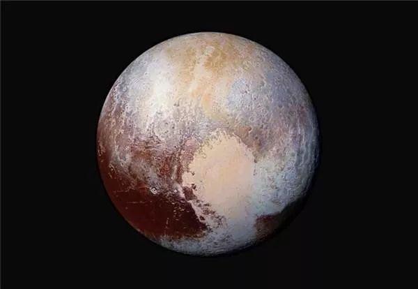 """冥王星不是行星 它可能只是一颗""""巨型彗星"""""""