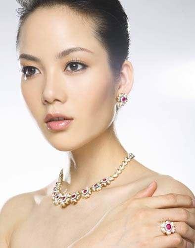 仁寿珠宝:为用户提供了正宗、美观、优雅、高贵的珠宝首饰