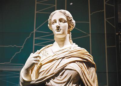 庞贝出土文物特展在秦始皇帝陵博物院开展