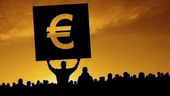 """""""操纵""""新政府组阁?欧洲央行削减对意债购买"""