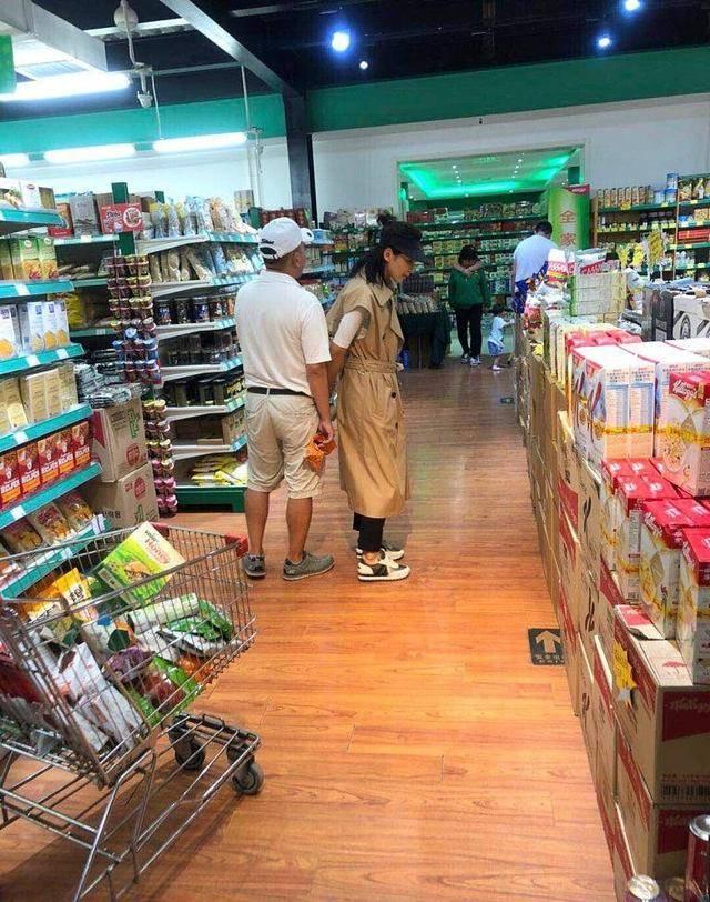 超市偶遇刘涛王珂