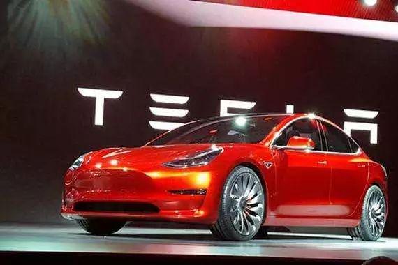 特斯拉:Model 3竞预定量已超45万辆 交付将会提速