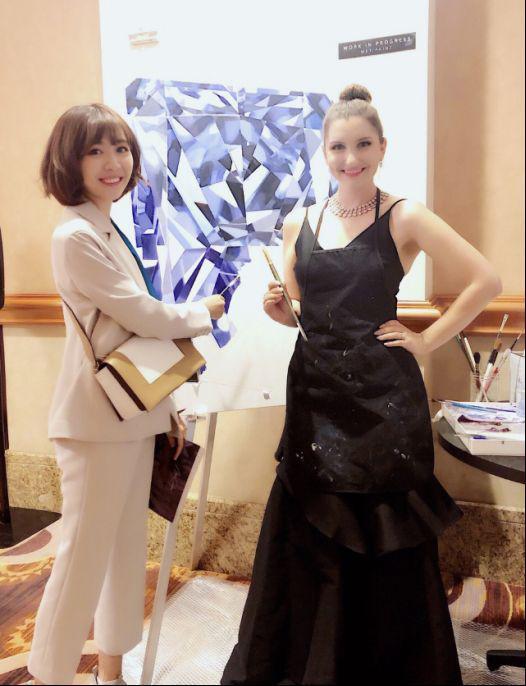 JHM珠宝邂逅拉斯维加斯国际珠宝展 深入了解了最新珠宝资讯