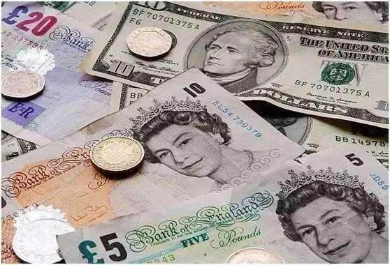 英国工业产出跌幅创5年最大 英镑下跌英银加息恐生变