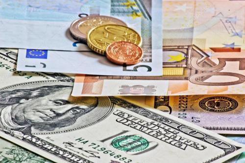 两大央行决议相继来袭 做空欧元时机或已到达