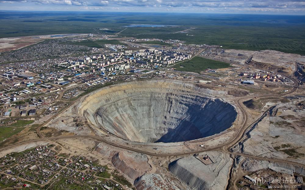 Alrosa(埃罗莎)第一季度钻石产量同比下滑17%