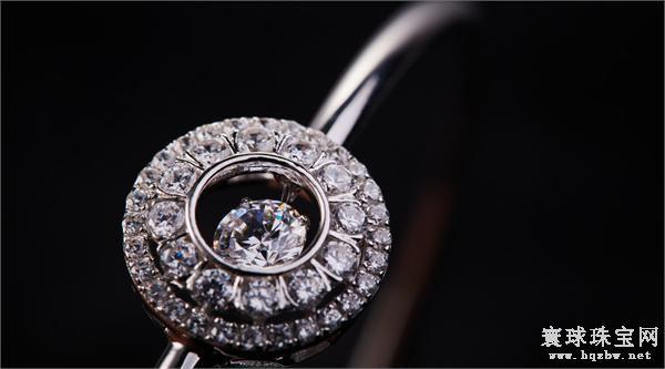 戴比尔斯将以Lightbox的名义推出全新钻石首饰品牌