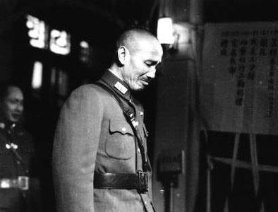 蒋介石枪决抗战名将 10年后却悲从中来