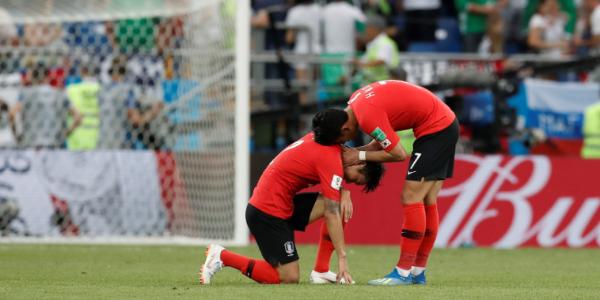 韩足协抗议FIFA遭吐槽:这么脏的球队还好意思抗议?