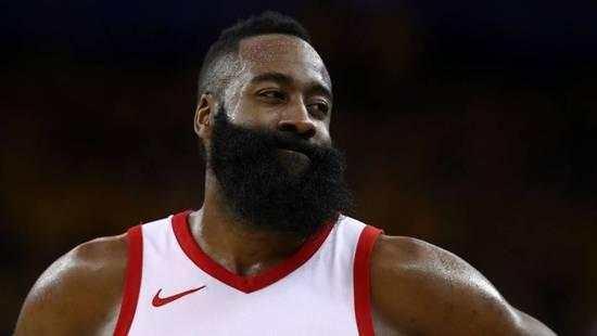 哈登首夺NBA常规赛MVP 是火箭24年来第一个拿MVP的球员