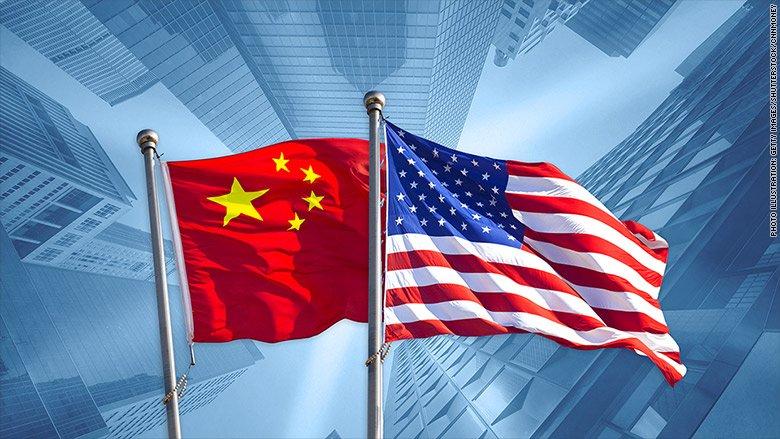"""特朗普""""变脸王""""重出江湖 美元汇率跌跌撞撞!"""