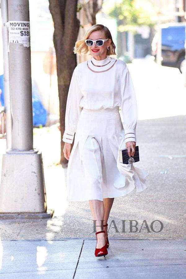 Julie Sarinana时尚街拍