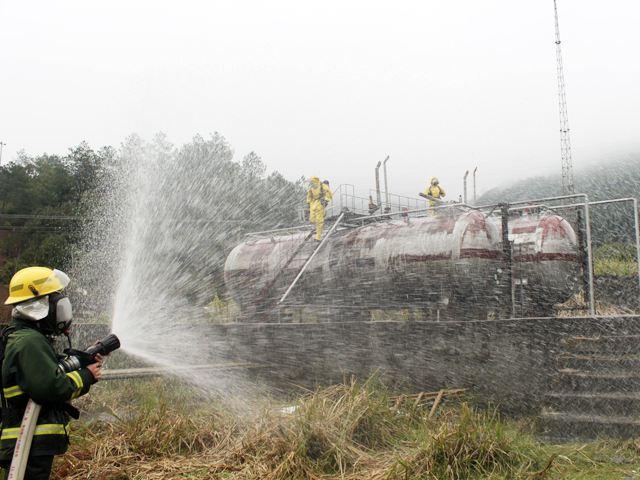 佛山市禅城区举行液化气储罐泄漏安全生产应急演练