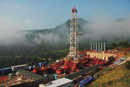 青海省内首个页岩气二维地震勘探项目启动