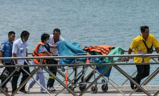 泰国旅游安全隐患 参加涉水项目必须全程穿戴救生衣
