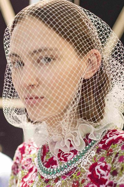 Chopard萧邦珠宝在巴黎高定时装周呈现璀璨迷人风采