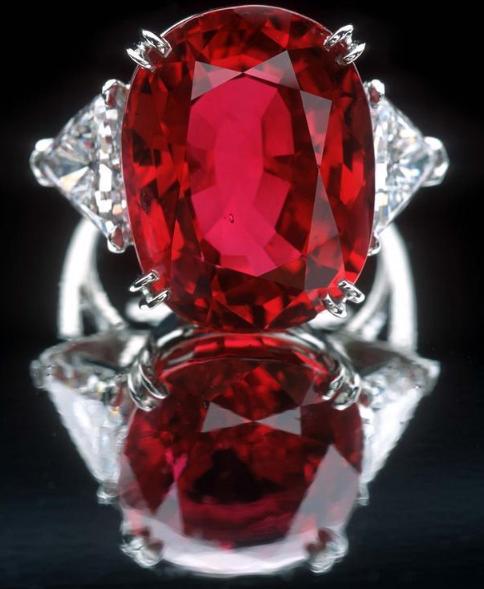 红宝石:妥妥的时尚icon一枚