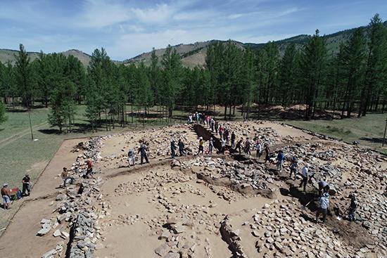 匈奴贵族墓葬是何形态 中蒙联合考古队为你揭晓