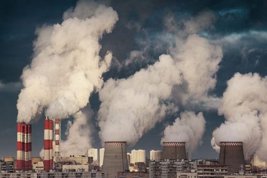 """""""钢铁重镇""""河北唐山 开展污染减排攻坚行动"""