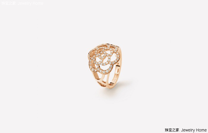 香奈儿山茶花系列珠宝首饰 不经意的美好铸造经典传奇
