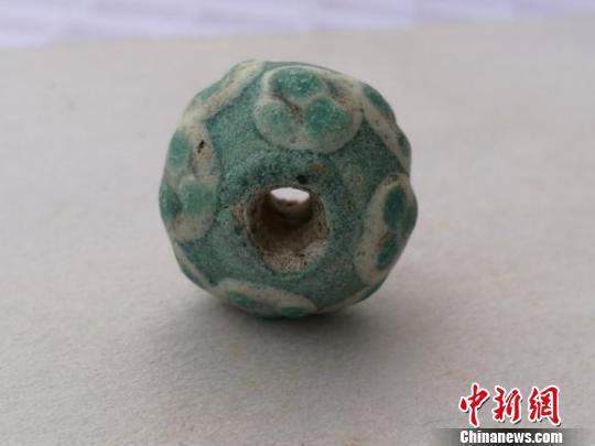 考古专家发现战国时期玻璃珠为中国先民自制