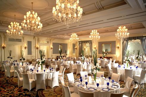 北京丽思卡尔顿酒店打造梦幻花园与华丽宴会厅双重秀场